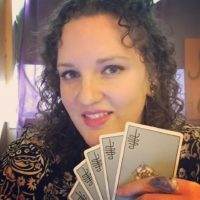 What does a tarot reader do Q&A with Ashley